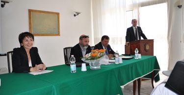 Greta Tellarini (Professore associato di Diritto della Navigazione nell'Università degli Studi di Bologna), Vasco De Cet (Assomarinas), Massimo Mura (CEO Tirrenia).