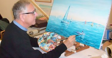 foto-1-mario-wongher-dipinge-il-quadro-barche-del-campionato-invernale-dellargentario-copia-copia