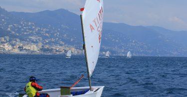 Il cadetto Manuel Scacciati in regata al Primazona Winter Contest