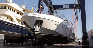 Mangusta_132.2_the_launch