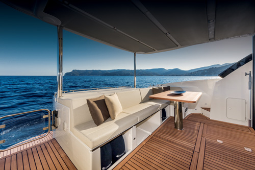 Absolute Yachts 50 Fly
