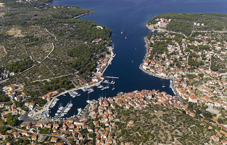 marina Milna Porti turistici croazia