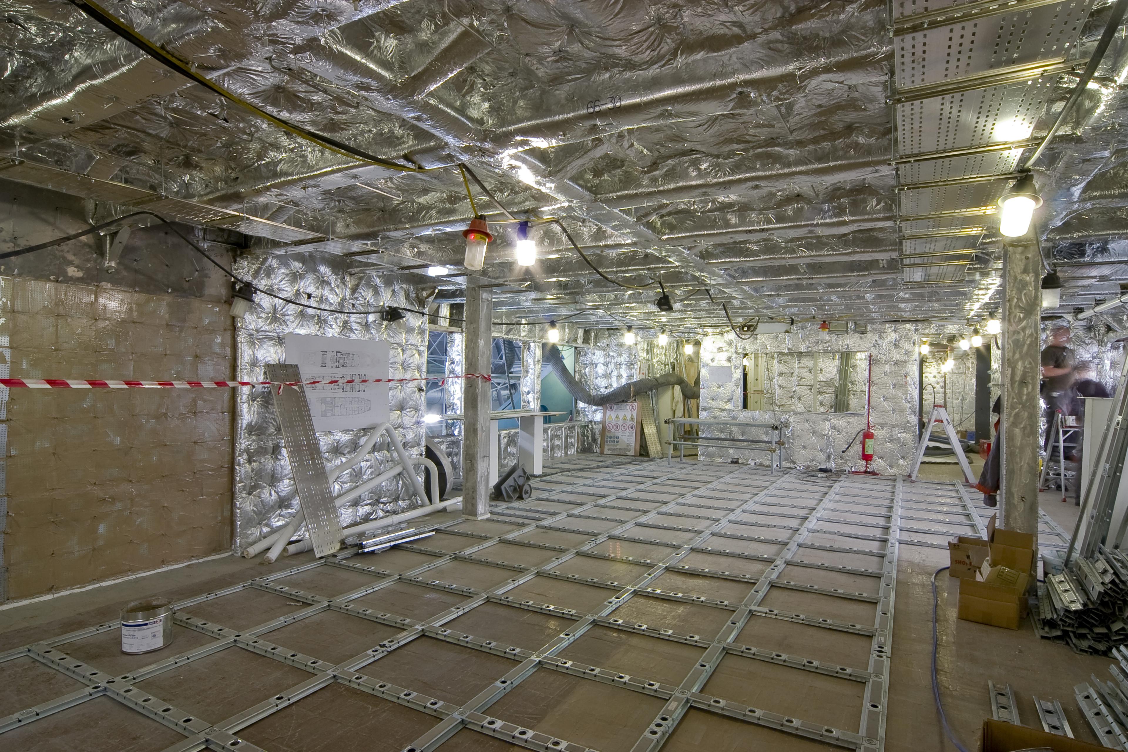 Tankoa s701 aggiornamento lavori a giugno 2017 for Grandi pavimenti del garage