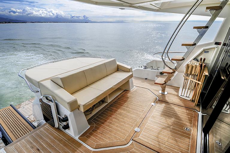 Cranchi yacht