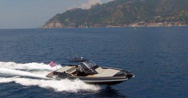 Nautica on line barche nuove usate gommoni vela for Novita nautica 2017