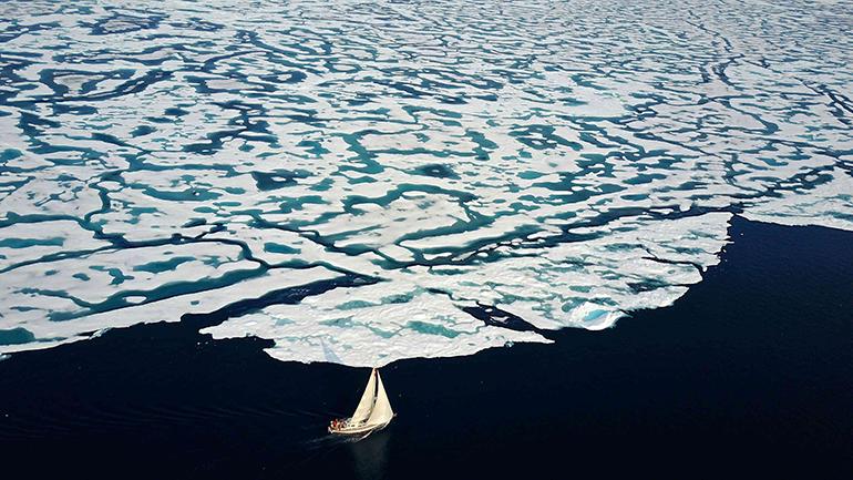 """Plum"", la barca di Kamana Sailing Expedition è arrivata a Aasiaat in Groenlandia"