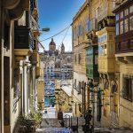 vicoli di Senglea con vista su Vittoriosa