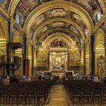 la navata centrale della Concattedrale di San Giovanni a La Valletta