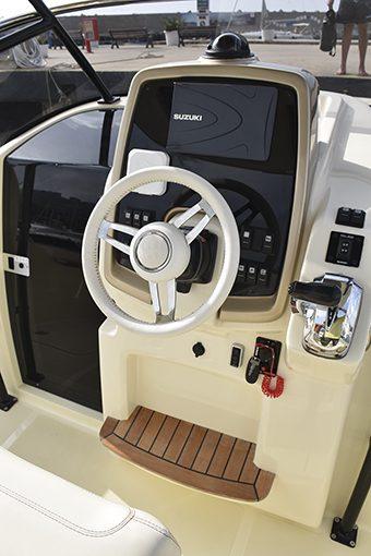Invictus Yachts CX 270
