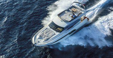 Prestige Yachts 590 Fly