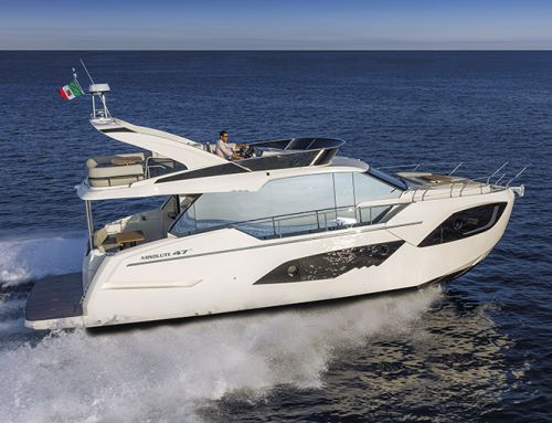 La prova in mare dell'Absolute Yachts 47 Fly