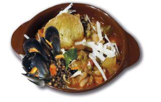 zuppa-lenticchie e cozze-crostone