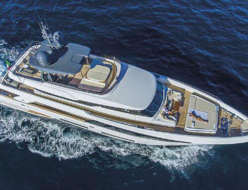 Lo yacht Ferretti Penelope, a noleggio in Italia